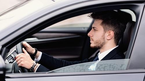 Louez une voiture avec chauffeur pour vos vacances